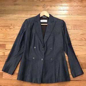 LIKE NEW MaxMara chambray fitted blazer jacket